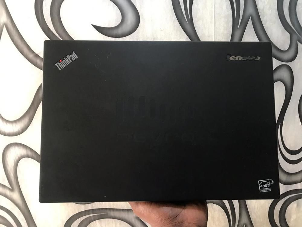 Grade1 USA used Intel corei7  Brand name : Lenovo Model : Thinkpad T450 SSD : 256gb Ram : 8gb