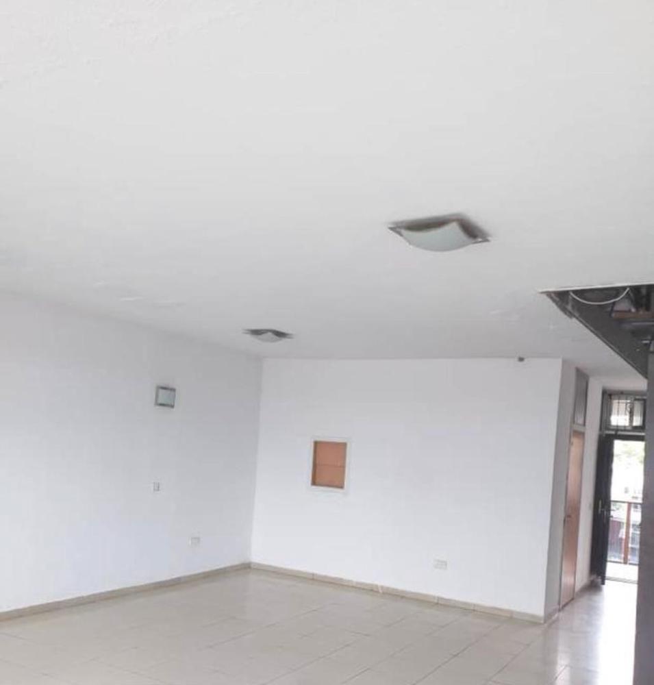 For Sale - 3 Bedroom Flat in 1004 Estate