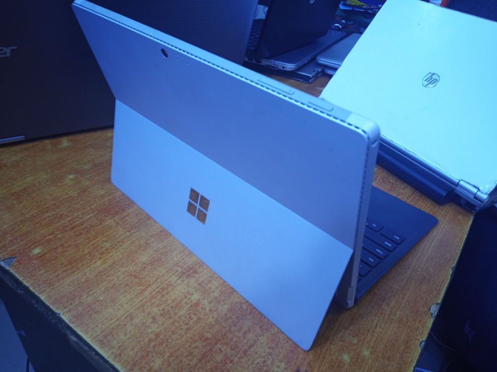 Super Clean US Imported Microsoft Surface Pro 4 corei7